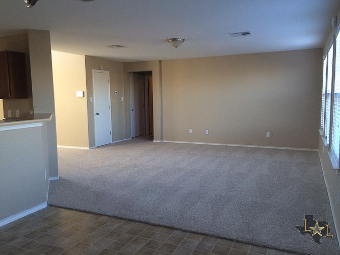 blackman-trail-78634-family-room-2