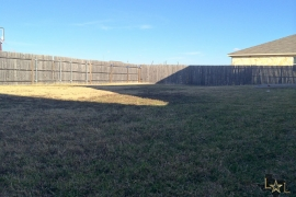 blackman-trail-78634-fenced-backyard-2