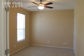106-floating-leaf-drive-hutto-texas-78634-11