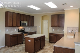 106-floating-leaf-drive-hutto-texas-78634-48