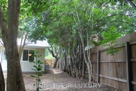 11400-thorny-brook-trail-austin-texas-78750-7-of-53