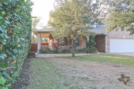 lone-star-luxury-front-of-home