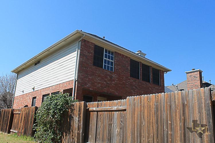 15227-calaveras-dr-austin-tx-78717-fenced-yard