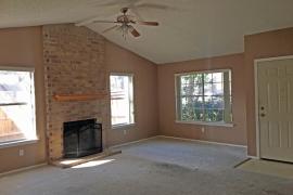 1710-yucca-living-room
