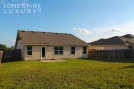 206-sylvan-st-hutto-texas-78634-26