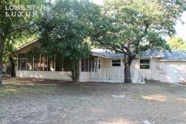 301-reimer-avenue-san-marcos-texas-78666-8