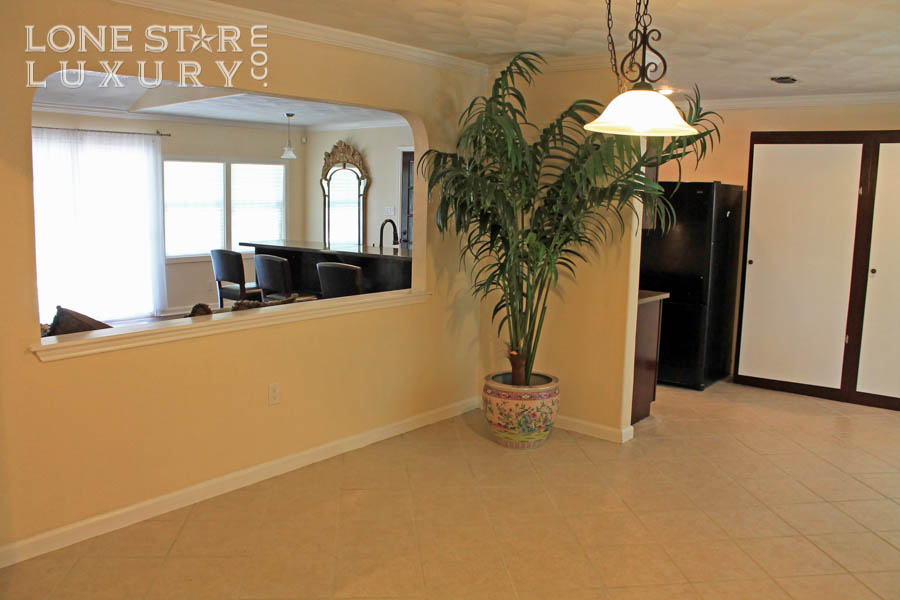 dining-room-south-austin-real-estate