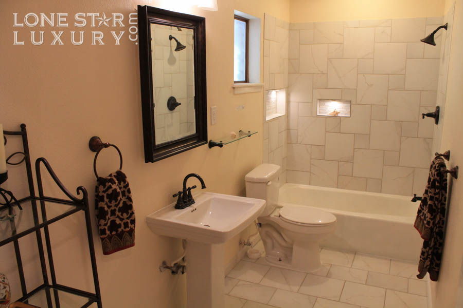 remodeled-bathrooom-real-estate-for-sale-in-south-austin-2