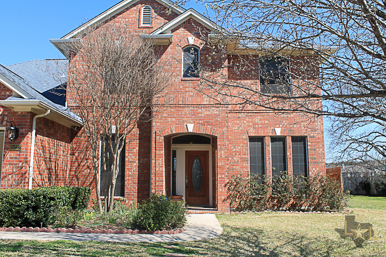 Lone Star Luxury home for sale at 15227 Calaveras Dr Austin, Texas 78717