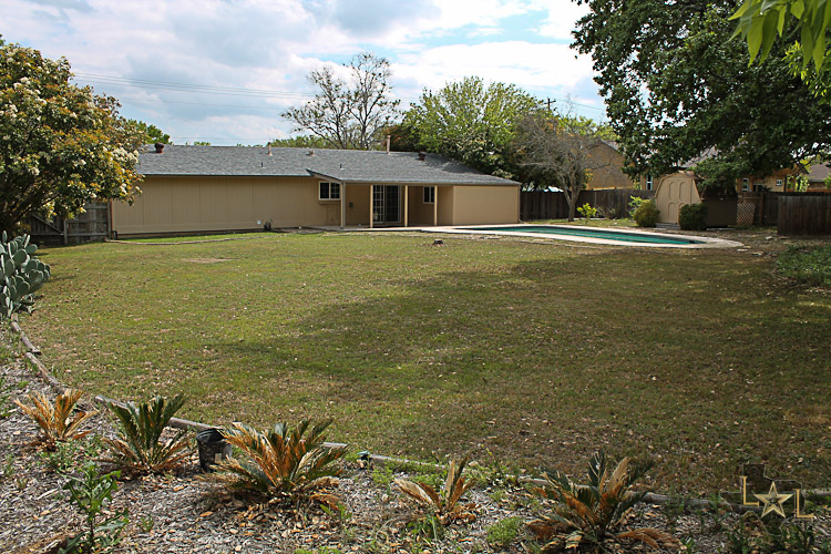 Cedar park, Home, swimming pool, remodel, updated, large lot, 203 Deerfield Park,