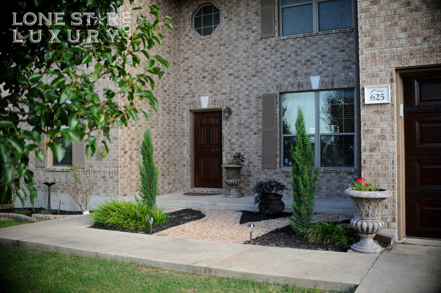 Lone Star Luxury Home for sale at 625 Dark Tree Ln Round Rock, Texas 78664 corresponds to Jay Pollack.