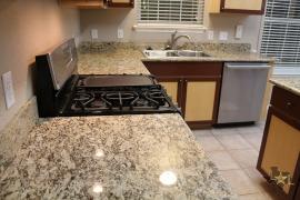 lone-star-luxury-homes-granite-countertops