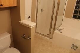 lone-star-luxury-homes-shower