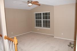 lone-star-luxury-homes-upstairs-family-room