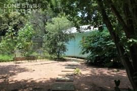 backyard-living-south-austin