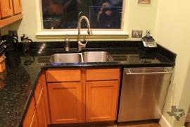 lone-star-luxury-homes-78704-kitchen-sink
